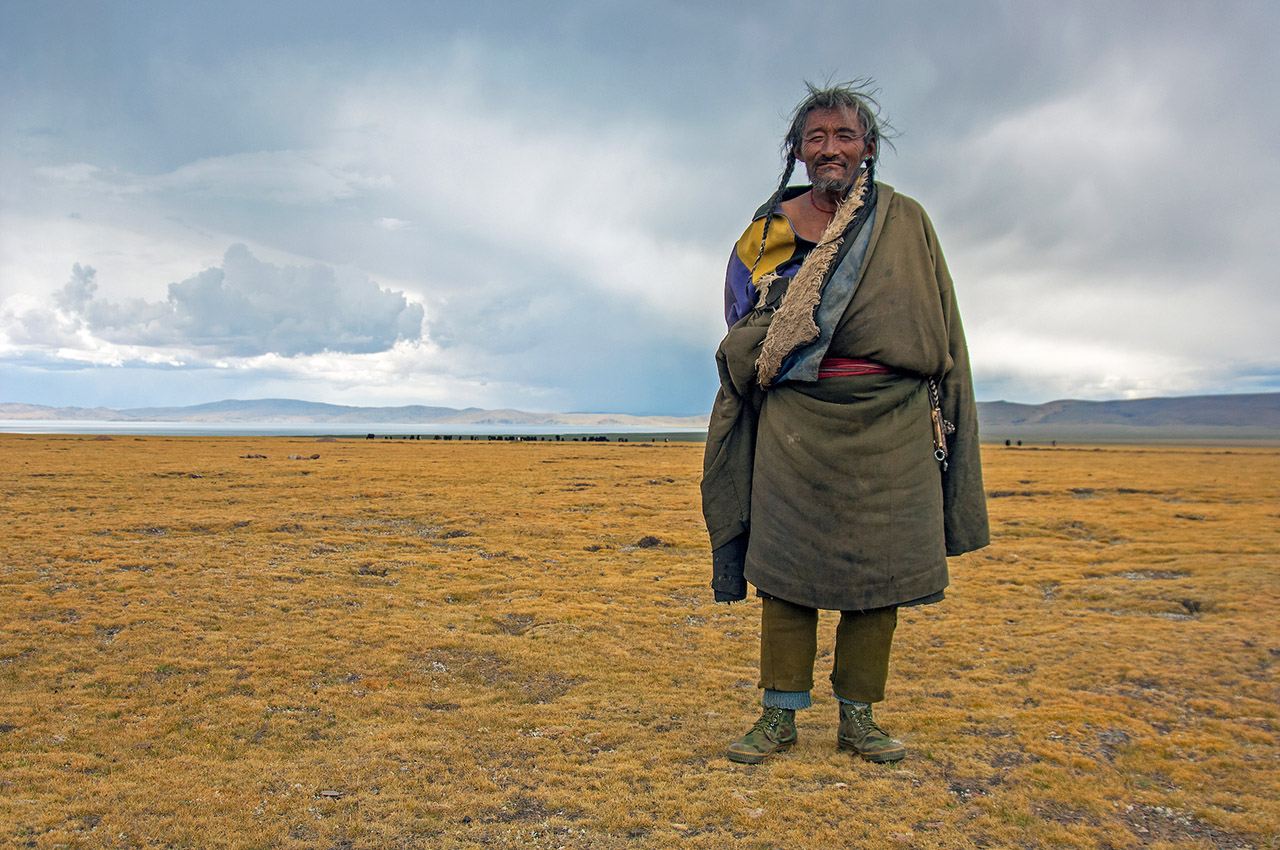 Tibetan Nomad near Namtso Lake,located at an altitude of 4800 meters, Tibet, ©2017